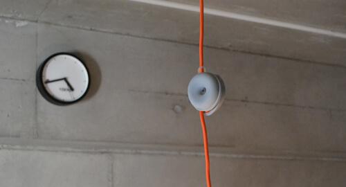 照明のコードや電化製品の配線等をおしゃれに収納できる「Cable Turtle」!