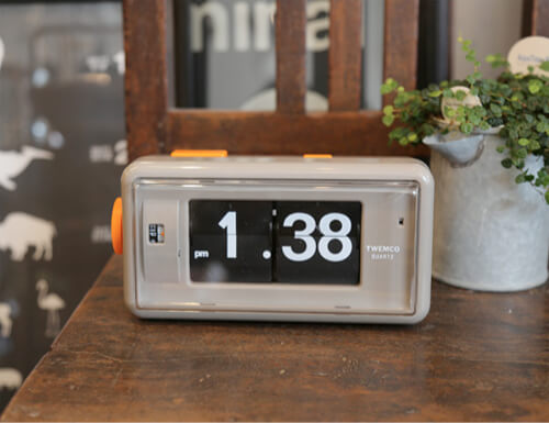 TwemcoのAlarm Table Clock