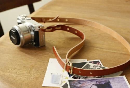 おしゃれなカメラストラップ6選。かわいいデザインや革もおすすめ