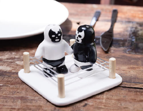 design-salt-and-pepper-shakers15