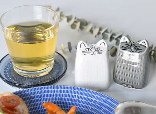 design-salt-and-pepper-shakers6