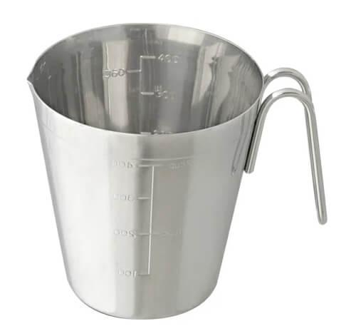 design-measuring-cup