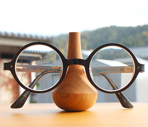 design-glasses-stand3