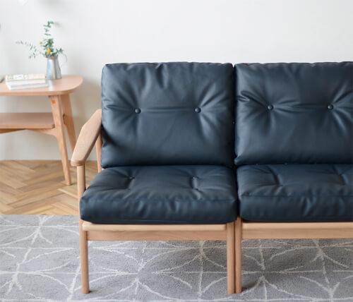 おしゃれなソファのおすすめ10選。かわいい2人掛けからシンプルな3人掛けまで