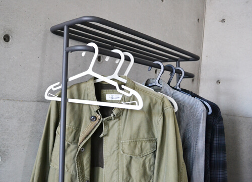 plus-minus-zero-simple-hanger2