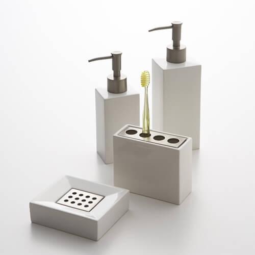design-shampoo-bottle