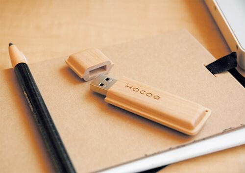 USBメモリのキャップやフタ