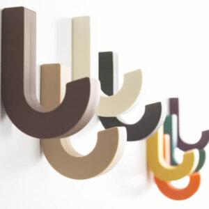 おしゃれな壁掛けフックのおすすめ13選。北欧デザインからかわいい木製のウォールフックまで