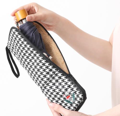 おしゃれな折りたたみ傘ケース8選。かわいい折りたたみ傘カバーもおすすめ