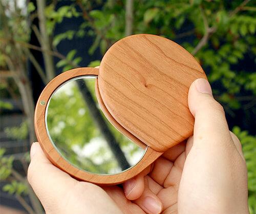 design-hand-compact-mirror3