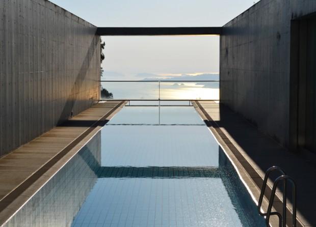 安藤忠雄が美術館をホテルにリノベーションした「瀬戸内リトリート青凪」