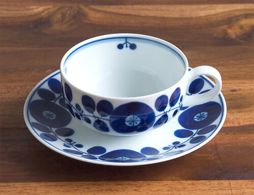 design-cup-and-saucer13