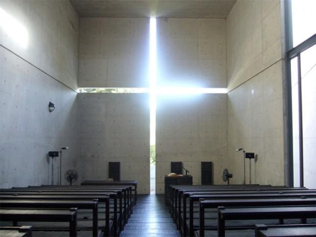 建築家の安藤忠雄が設計した教会、チャペル7選。光の教会や水の教会など