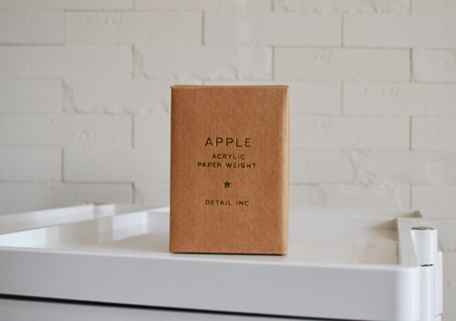 apple-acrylic-paper-weight