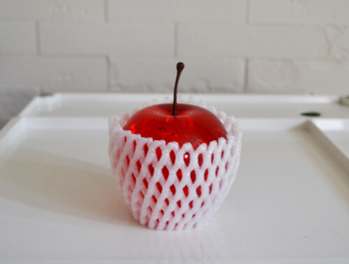 apple-acrylic-paper-weight2