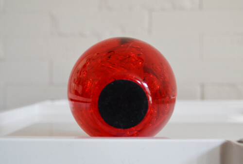 apple-acrylic-paper-weight4