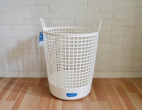 freddy-leck-sein-wasch-salon-laundry-basket