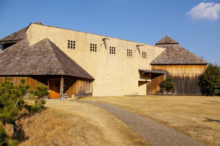 famous-architecture-art-museum23