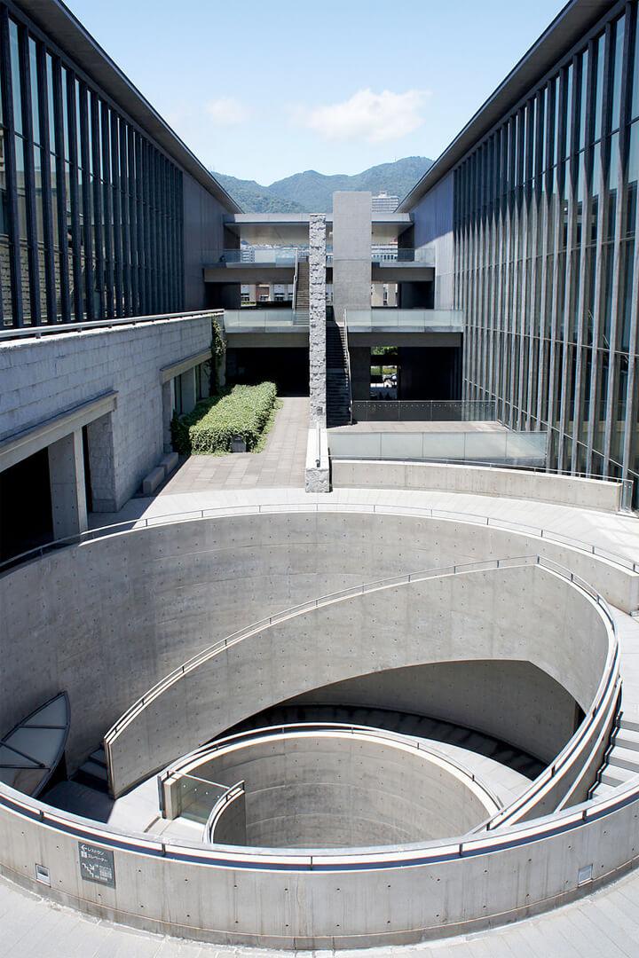 famous-architecture-art-museum6