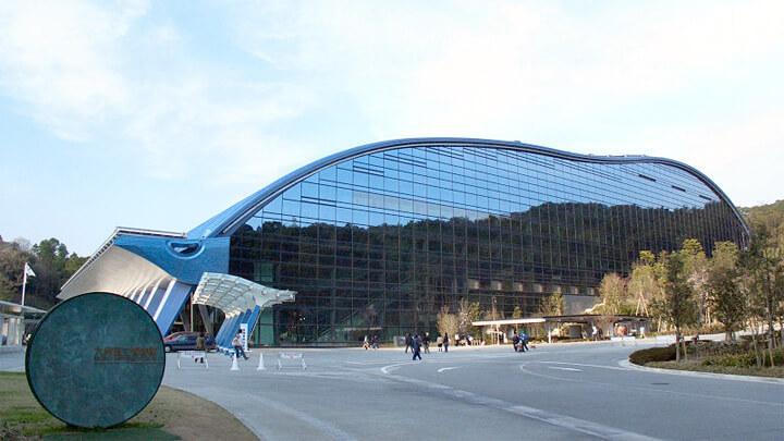 famous-architecture-fukuoka