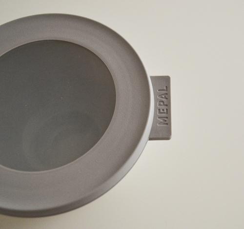 【レビュー】そのまま食卓に出せるおしゃれな北欧デザインが魅力のロスティメパルの保存容器「サーキュラ」