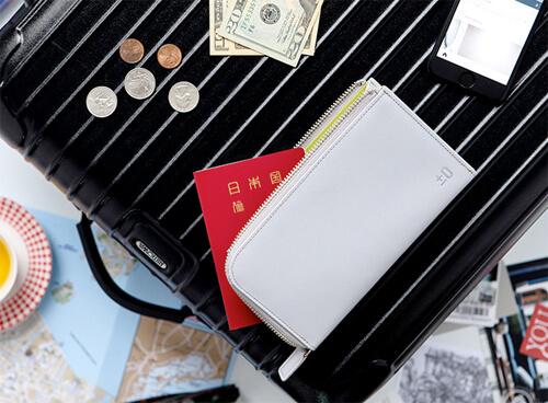 パスポートケースのデザイン