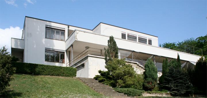 famous-architecture-house6