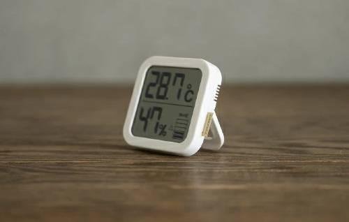 おしゃれな温度計・湿度計5