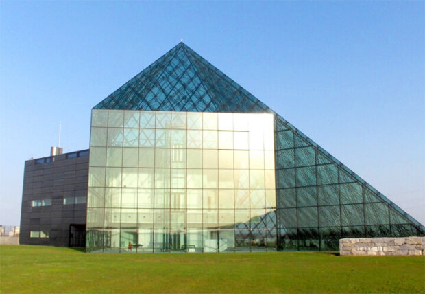 有名建築家が設計した北海道・札幌の建築物13選。ホテルや教会、駅舎まで