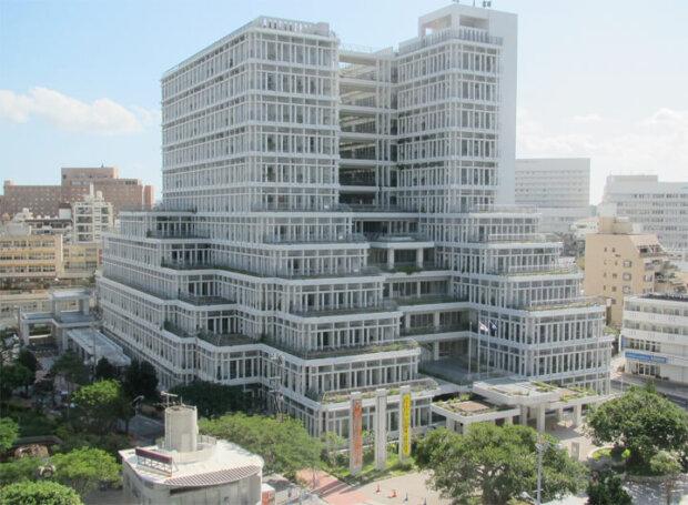 有名建築家が設計した沖縄の建築物10選。庁舎や役所から水族館やホテルまで