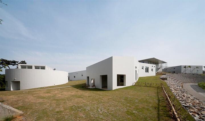 famous-architecture-okinawa7