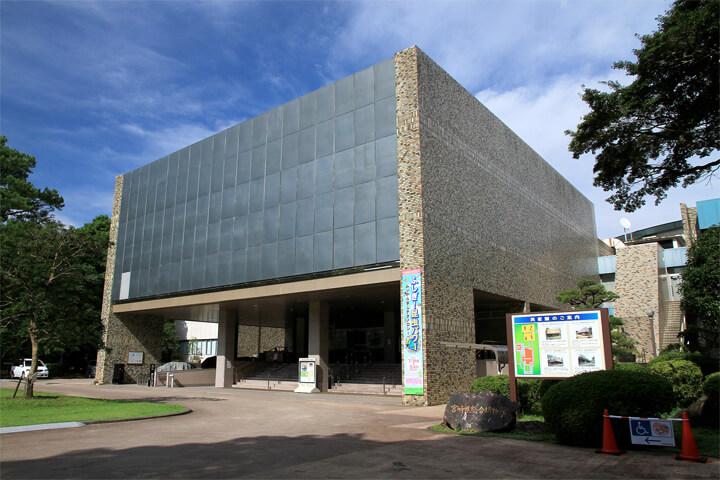 famous-architecture-miyazaki