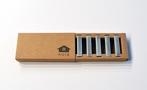 合わせやすいシンプルなデザインのKURA(クラ)の箸置きセット「Kobi(コビ)」