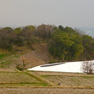 建築家の西沢立衛の建築作品6選。豊島美術館や軽井沢千住博美術館など