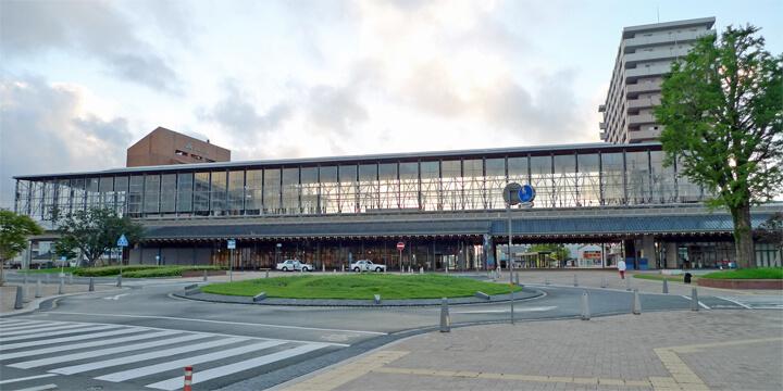 famous-architecture-station-building11
