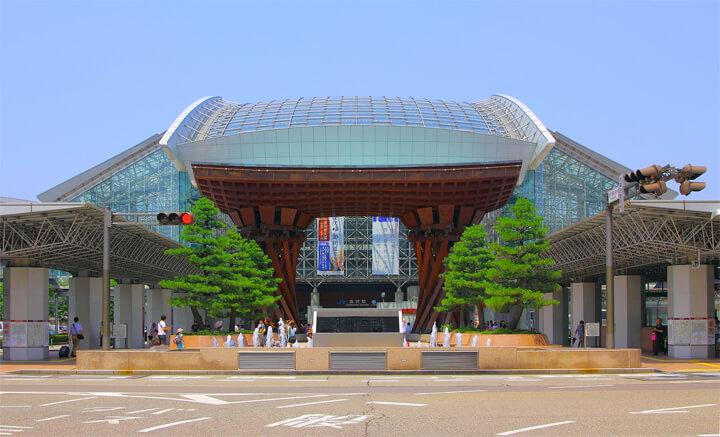 famous-architecture-station-building3