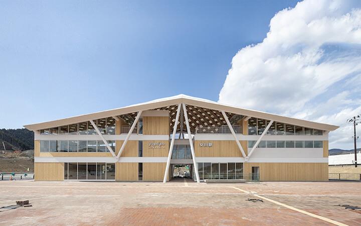 famous-architecture-station-building9