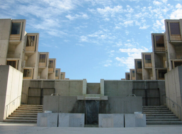 建築家のルイス・カーンの建築作品7選。代表作のソーク研究所やキンベル美術館など
