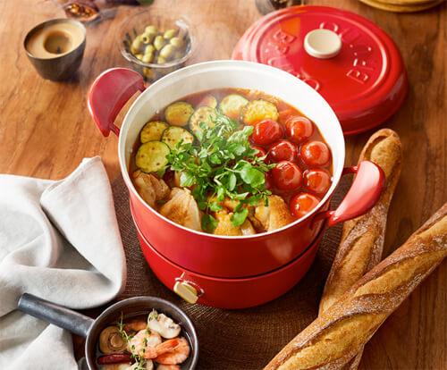 おしゃれな電気鍋のおすすめ9選。人気のブルーノのかわいいグリル鍋など