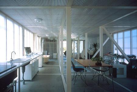 建築家の五十嵐淳の建築作品7選。代表作の矩形の森や間の門など