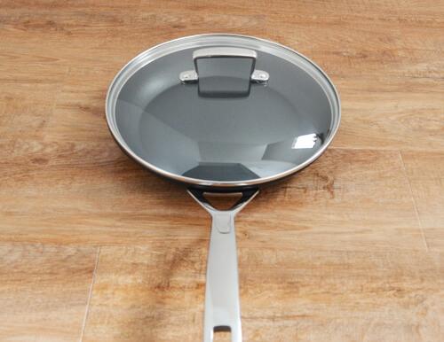 lecreuset-tns-frying-pan-nc5