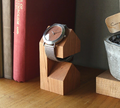おしゃれな腕時計スタンド1
